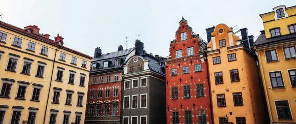 Gamla hus med vackra fönster - Stockholm